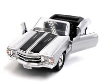 1971 Chevrolet Chevelle Ss 454 Silver Model Car Car Scale 1:3 4 (Licensed)