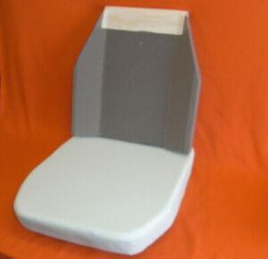 2 neue Schaumkerne für einen UNIMOG Sitz, 421, 406, 416, 403