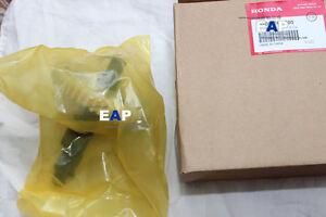 Camshaft for Honda GX630 GX690(Genuine)14100-Z6L-000