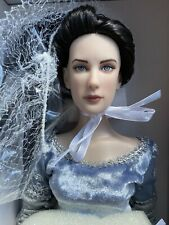 """Tonner Tyler 16"""" LOTR ARWEN EVENSTAR LORD OF THE RINGS Fashion Doll NRFB LE 1000"""