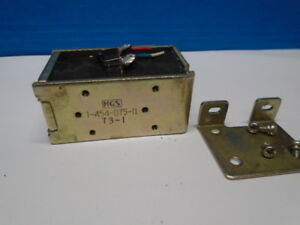 Sony TC-580 TC-730 Solenoid, plunger Pinch Roller (PM601) 1-454-075 Used