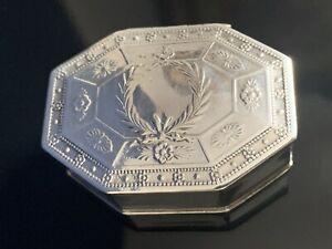 Antik alt original Dose Pillendose Silber geprüft und gepunzt Florales Dekor RAR