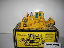 CATERPILLAR D 9 N Bouteur Pacman Bande Logo #298.1 NZG 1:50 neuf dans sa boîte