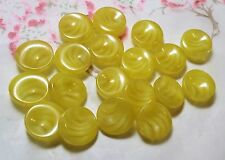 LOT 9 ANCIENS BOUTONS LUCITE ton jaune inclusion vague 16 mm VINTAGE E L3