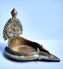 Ancienne petite lampe à huile en bronze Tamil Nadu Inde du Sud 18e