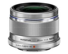 Olympus M. Zuiko Digital 1,8 / 25  mm Objektiv Neuware silber