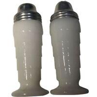 Vintage Hazel Atlas Moderntone Salt & Pepper Shakers - white