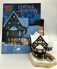 David Winter Cottages Mr Fezziwigs Emporium Christmas 1990 with Box and Coa Mint
