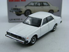 Nissan Skyline 2000GT in weiss, Tomytec Tomica Lim.Vintage Neo LV-N110a, 1/64