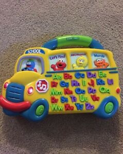 2000 Mattel Sesame Street Elmo Alphabet School Bus Sounds Works Great!