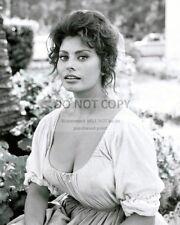"""SOPHIA LOREN IN THE 1961 FILM """"MADAME"""" - 8X10 PUBLICITY PHOTO (FB-527)"""