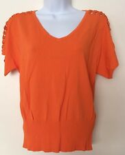 Cable & Gauge Knit Blouse SZ M Womens Stretch Top Shirt V-Neck Beaded Shoulders
