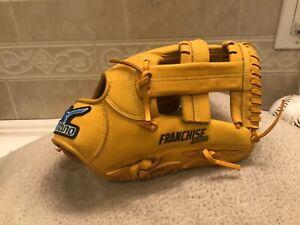 "Mizuno Franchise Excel BUW League 11"" Baseball Glove Right Hand Throw"