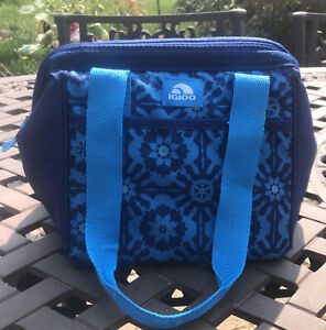 """Igloo Cooler Insulated Lunch Bag Lunch Box Tote W/Shoulder Straps  12"""" Blue"""