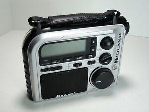 Midland ER102 Emergency Survival Radio Crank Power w/ Weather AM/FM & Flashlight