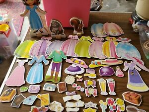 Disney's Sofia The First Wooden Magnetic Doll Lot ☆preowned