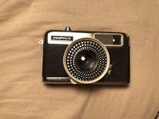 Yashica Half 17 EE Rapid Analoge Kamera mit Originale Packung & Tasche