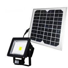 30W SOLAR FLOOD LIGHT/PATIO/GARDEN/GARAGE/OUTDOORS/SECURITY