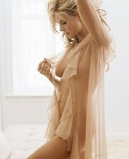 HEIDI KLUM -EXTREMELY SEXY IN A NIGHTIE !!!