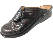 SH25 Finn Comfort EUR 39 US 8-8.5 Brown Patent Leather Croc Reptile Clogs Shoes