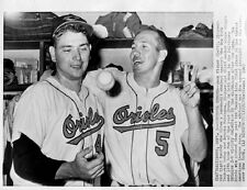 BROOKS ROBINSON AND JACK FISHER CELEBRATE ORIOLES WIN OVER THE YANKEES 8 x10 !