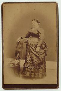 RARE  1880s Cabinet Photo -  Large Woman - Strange Hands - Circus Freak show ?