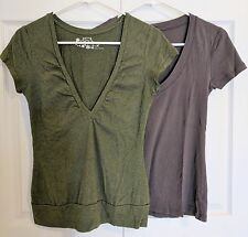Women's V-neck Blouse T-Shirt LOT - Size M - Grey OLD NAVY - Green SO - boho