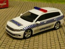 1/87 Herpa VW Passat Variant VICTORIA POLICE AUSTRALIA 095815