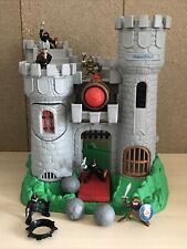 VINTAGE 1994 FISHER PRICE GREAT ADVENTURE CASTLE  PLAYSET AND KNIGHTS