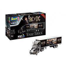 AC-DC Tour Truck & Trailer Level 3 1:32 Limited Edition Revell Model Gift Set