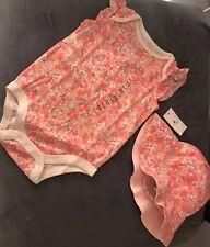 NWT Baby Gap Girl Floral Flutter Bodysuit & Reversible Hat Set Coral 6-12 Months