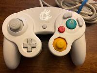 Nintendo GameCube Controller Super Smash Bros Edition White US Official DOL-003