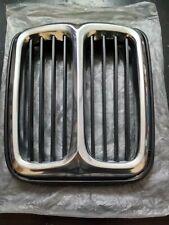 BMW E12 grille center !NEW! 51131848104