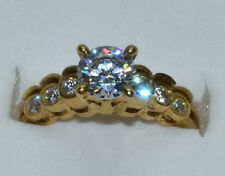 Vintage beauty! Solid 10K yellow gold CZ nestled 2 piece wedding set 3.8 gr.