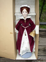 1983 FRANKLIN HEIRLOOM QUEEN MARY I BISQUE PORCELAIN DOLL WITH BOX & STAND & TAG