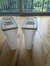 2 Vintage Rubbermaid Cereal Containers 13 Cups #3 Dry Cereal Pasta