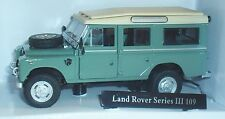 OXFORD CARARAMA LAND ROVER SERIES III 109 STATION WAGON GREEN CREAM 1:43 SCALE