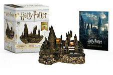 Harry Potter Hogwarts Castle and Sticker Book: Lights Up! (Miniature Editions),