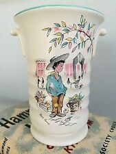 CROWN DUCAL PETIT PIERRE URN STYLE VASE 15 cm CLASSIC KITSCH - MADE IN ENGLAND