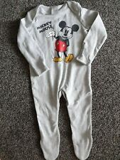 Baby Boys Bnwot Disney  Mickey mouse Sleepsuit 6-9 Months