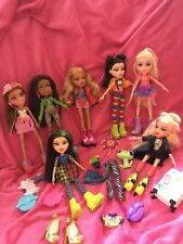 💖Bratz Bundle Of 7 New Style Dolls (1) Extra Clothes Immaculate Condition!!💖