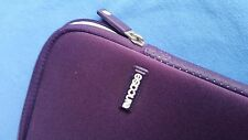 InCASE laptop sleeve purple - for Apple MacBook Pro 15 or other 14