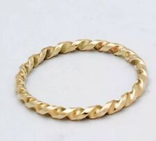 9ct Yellow Gold Ribbon Twist Band Stackable Ring 1.7mm Thick. Not Plated