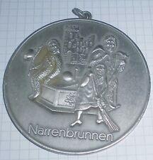 fasnachtsorden alt  metall  medaille narrenbrunnen unbekannt hexe narr  top deko