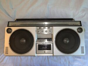 VINTAGE GE 3-6000A AM FM STEREO CASSETTE BLOCKBUSTER RADIO RARE BOOMBOX WORKS