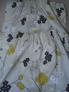 Pair of lined Cotton Floral Curtains 168cm by 137cm