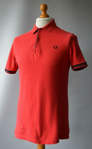 Men's Red Fred Perry Short Sleeved Polo Shirt Size M, Medium.