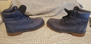 Timberland Boot's Woman Navy Blue size 6