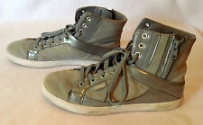 Pastry women Athletic Running Shoes gray suede hi top size 7.5  L352