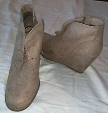 Women's Bessie Microsuede Wedge Fashion Bootie - Universal Thread Taupe size 9.5